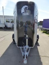 Cheval Liberte Touring Country Frontausstieg für 2 Pferde 2,6 t Kombi-Heckklappe