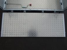 VEZEKO Juki 3Seitenkipp+ankippb. Transporter 4x2,1m+ Gitter 3,5t