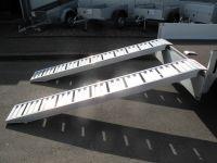 1 Paar Alurampen, 258x35x10cm, Tragkraft pro Paar 3000 kg VORRAT