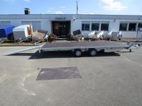 Eduard 4520+10 Zoll Reifen +Auffahrrampen+Winde 4,56x2,00m 2,7 t